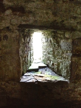 Dunmanus window embrasure