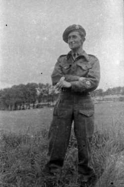Hugh Finlay in the British army 1940s