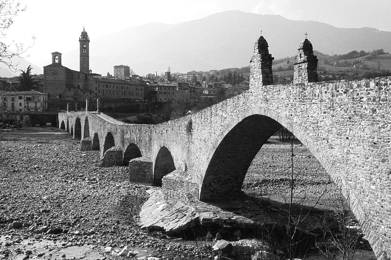 Bobbio_bridge