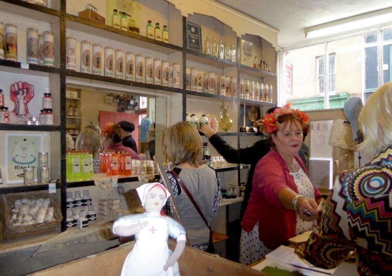 Rita in Shop