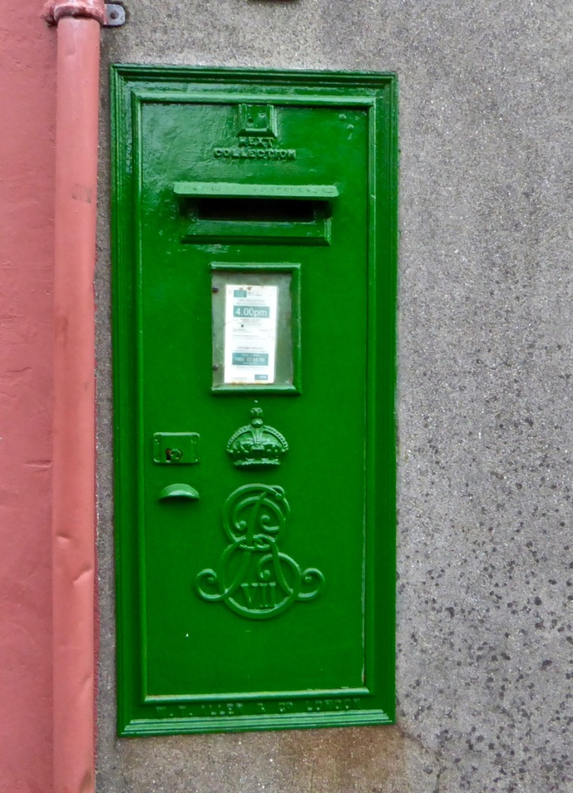 Skibb post box