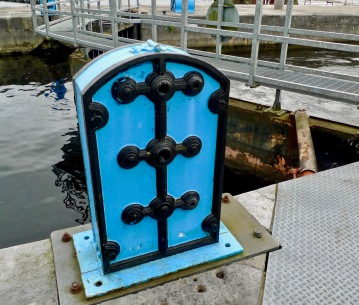 lock machinery