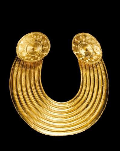 Gold collar, Gleninsheen, Co. Clare